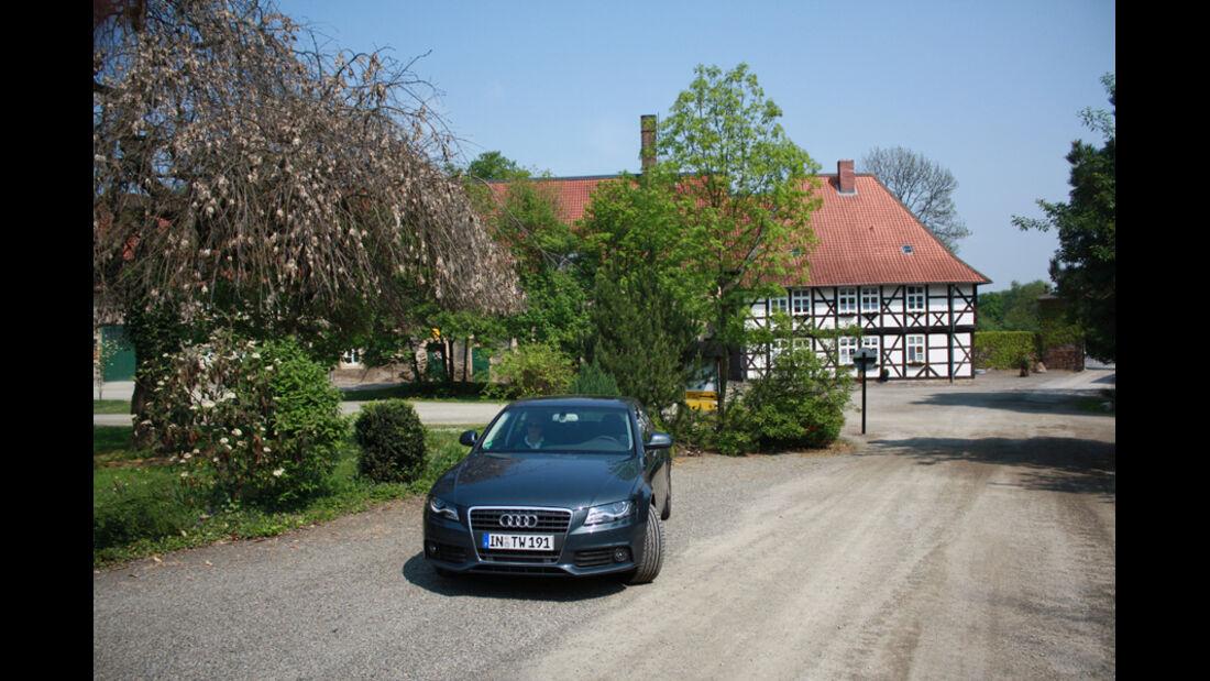 Audi A4 2.0 TDI, Wölingerode, Frontansicht, Bauernhof