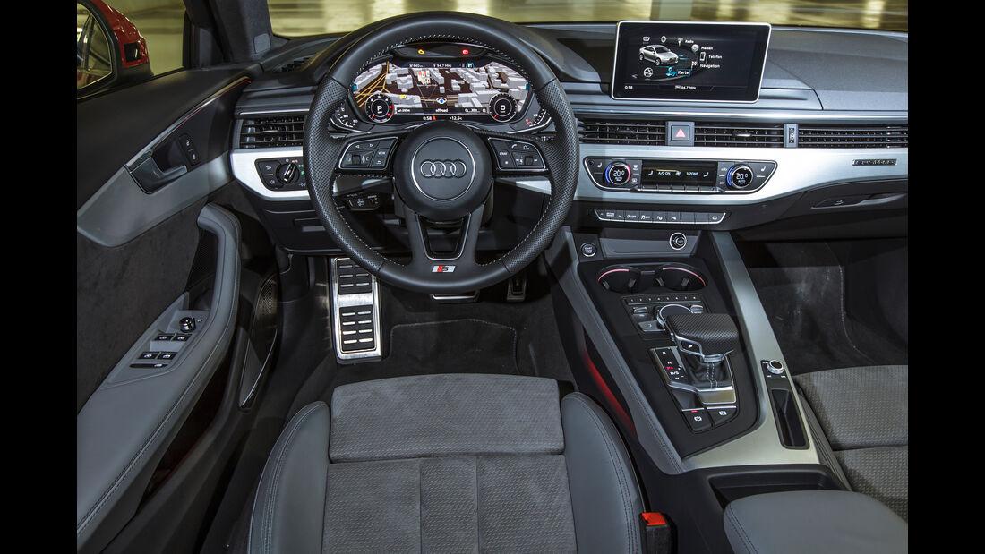 Audi A4 3.0 TDI Quattro, Cockpit