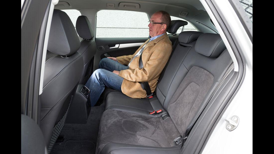 Audi A4 Avant 2.0 TDI Ambition, Rücksitz, Beinfreiheit