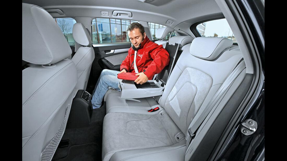 Audi A4 Avant 2.0 TDI Ultra Attraction, Fondsitz