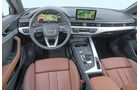 Audi A4, Cockpit