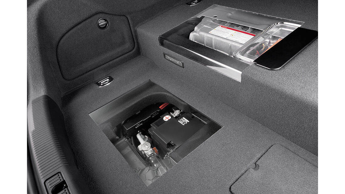 Audi A6 Hybrid, Batterie, Kofferraum