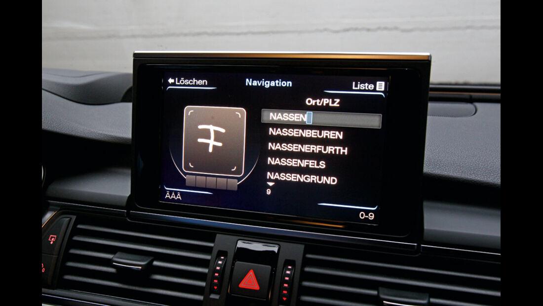 Audi A6, Monitor