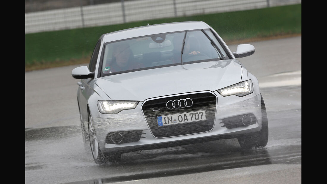 Audi A6, Nässe, Bremsen