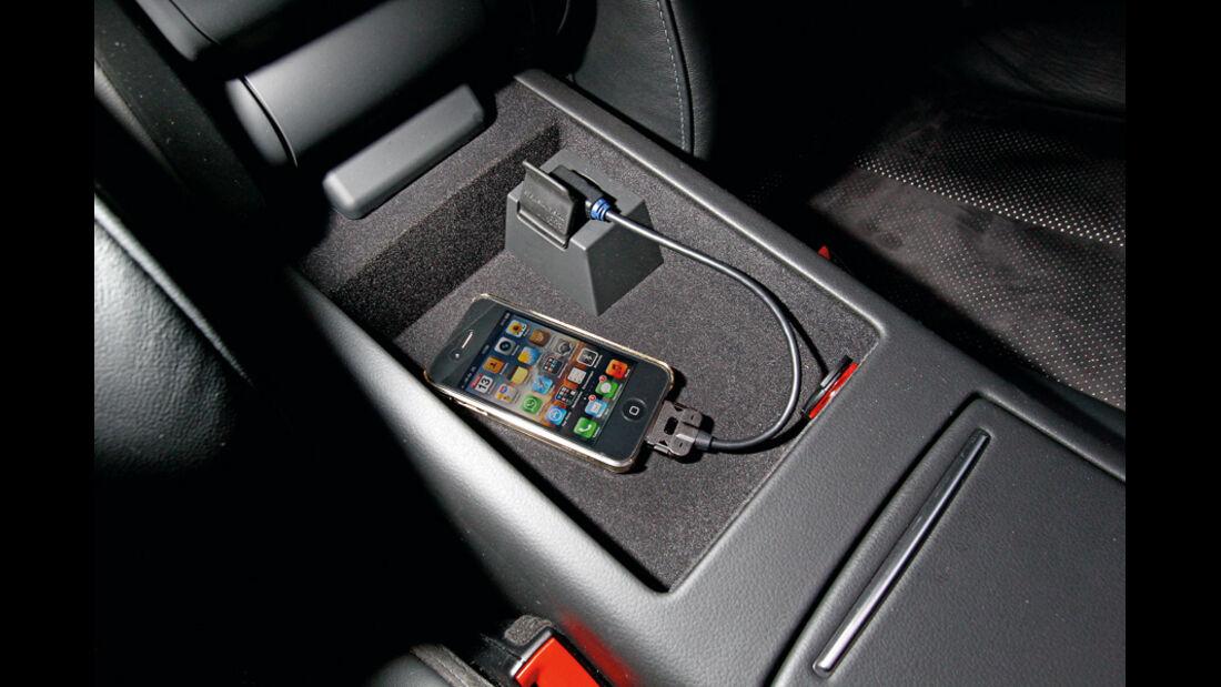 Audi A6, iPhone