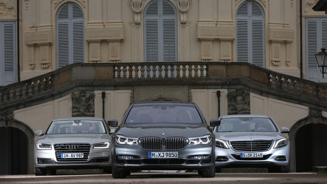 Audi A8 4.0 TFSI Quattro, BMW 750i xDrive, Mercedes S 500 4Matic