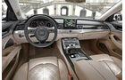 Audi A8 4.0 TFSI Quattro, Cockpit