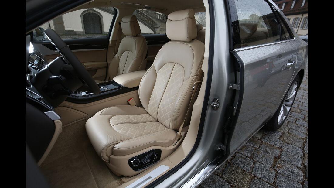Audi A8 4.0 TFSI Quattro, Fondsitze
