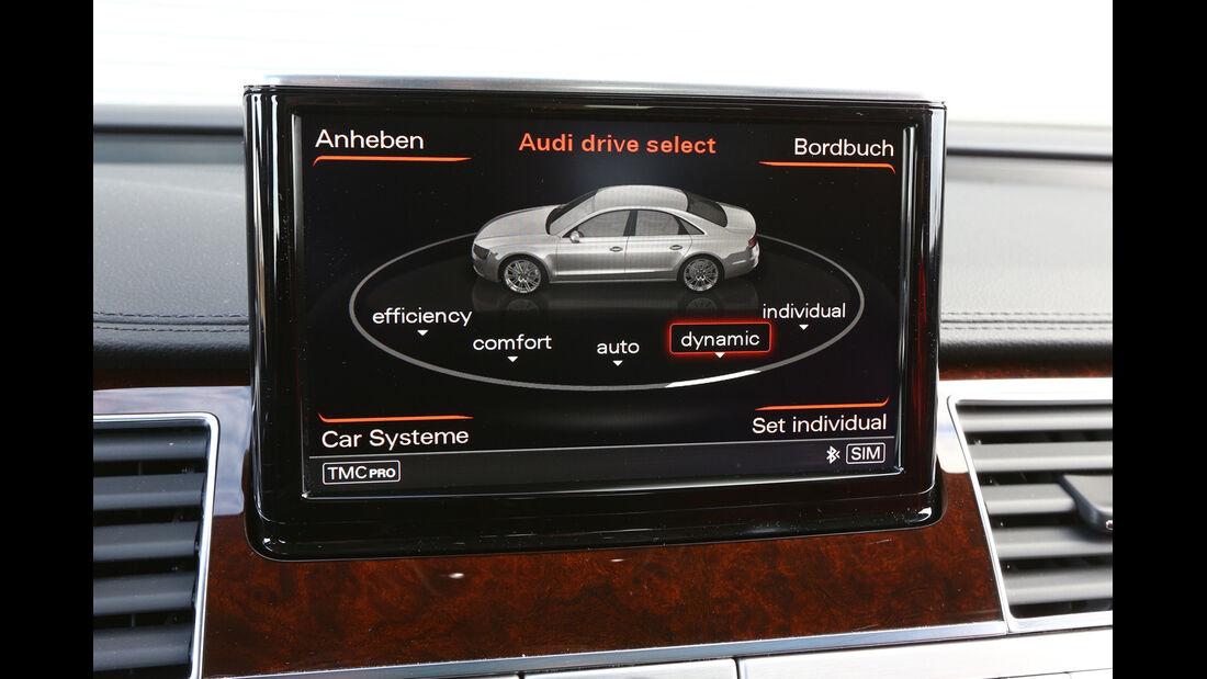 Audi A8 4.0 TFSI quattro, Display, Bordcomputer
