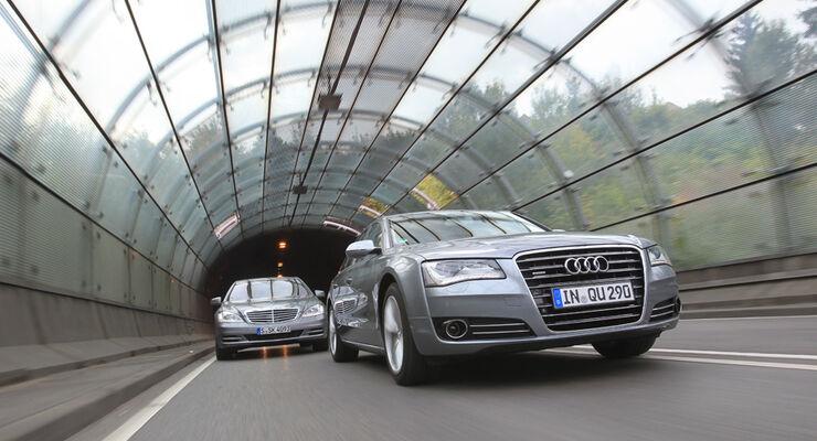 Audi A8 4.2 FSI Quattro, Mercedes S 500, Front