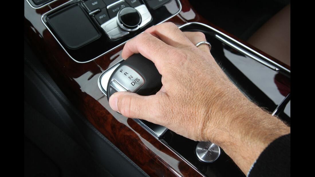 Audi A8 4.2 FSI Quattro, Schalthebel, Schaltknauf