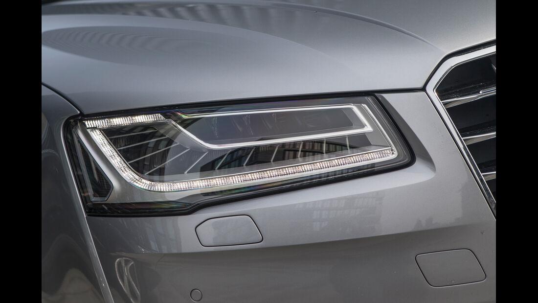 Audi A8, Frontscheinwerfer