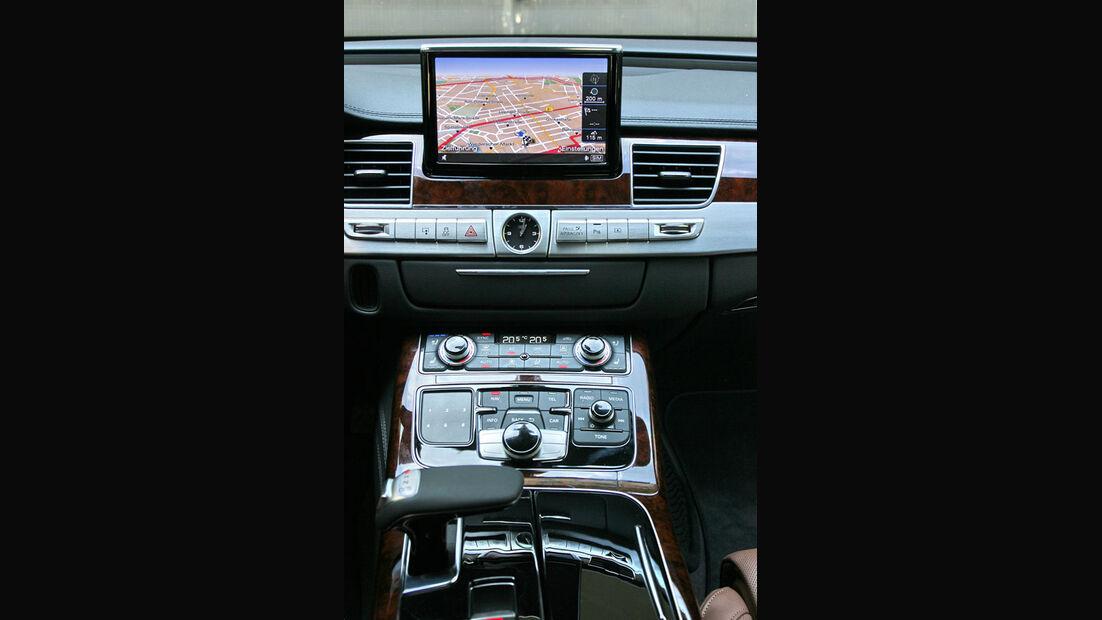 Audi A8, Mittelkonsole, Navi, Display