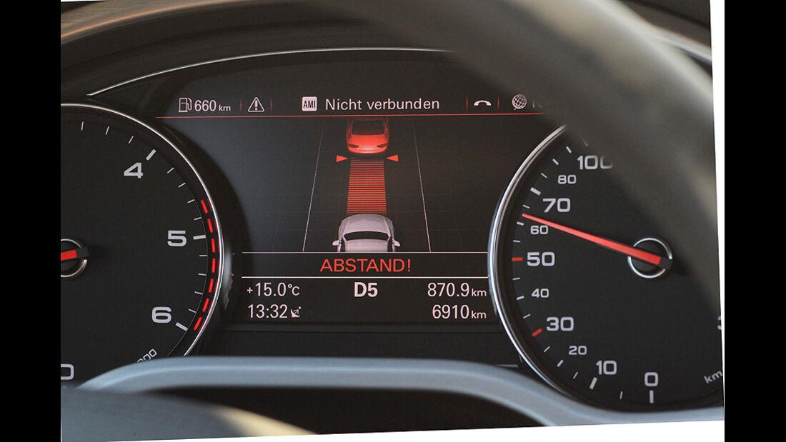 Audi A8, Tacho