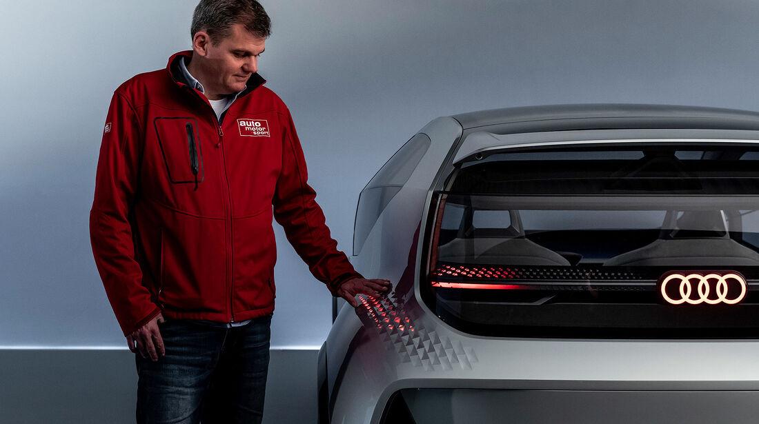 Audi AI:ME Concept Car Shanghai 2036