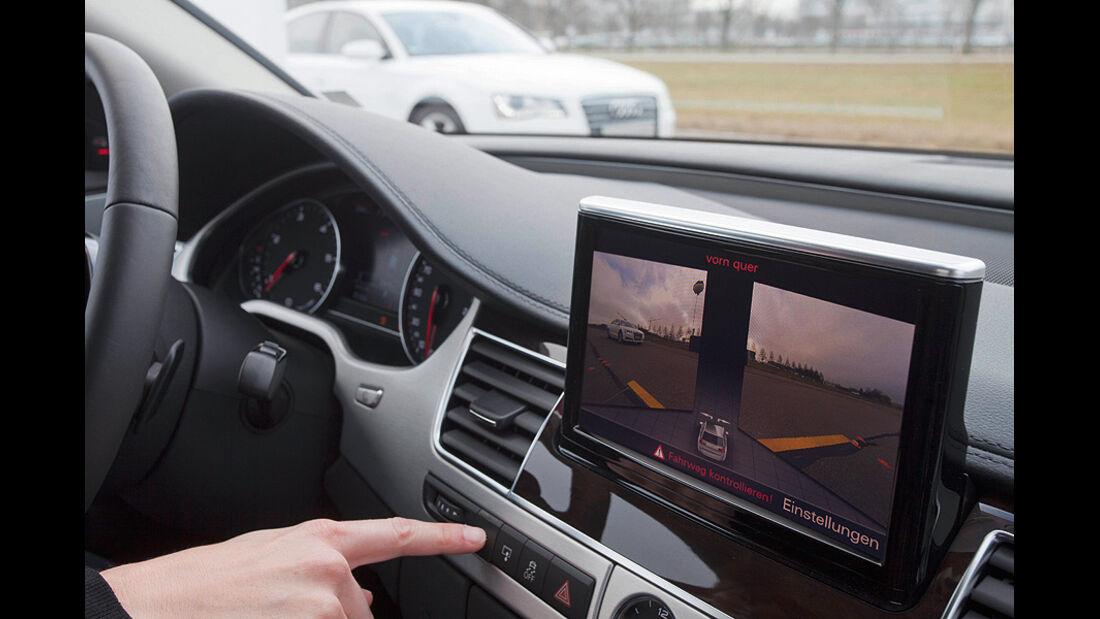 Audi Assistenzsysteme, Kreuzungsassistent