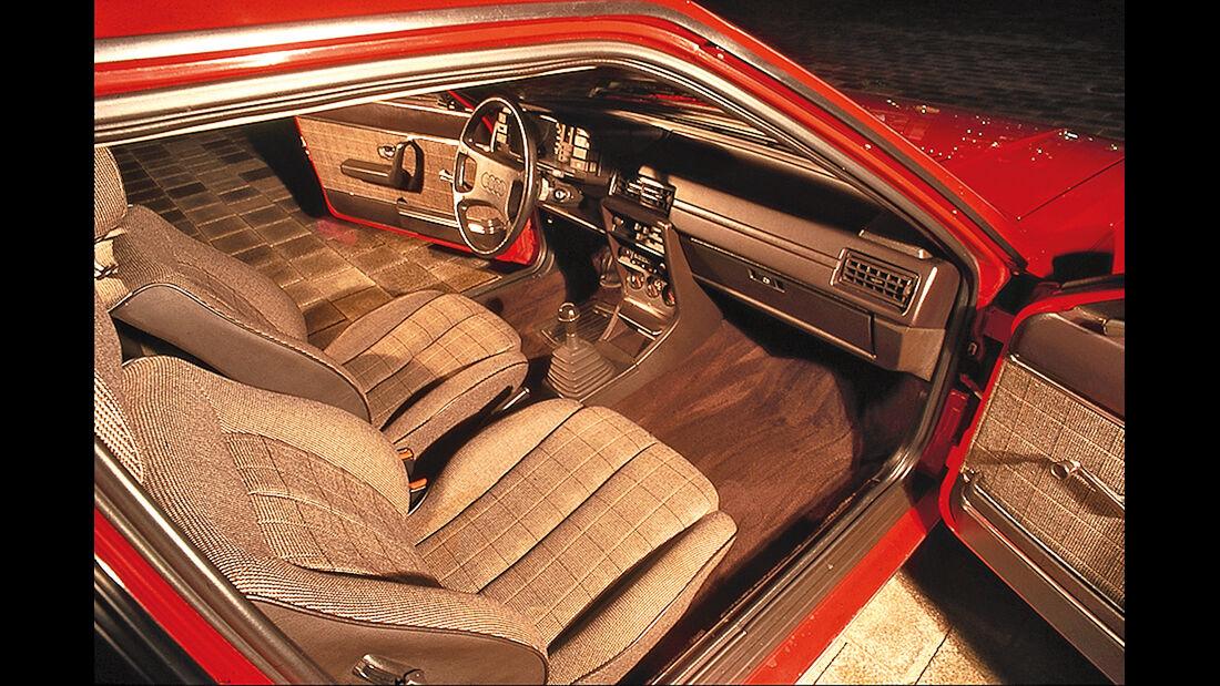 Audi Coupé, Sitze