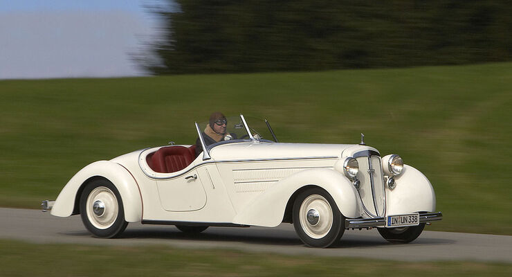 Audi Front 225 Roadster