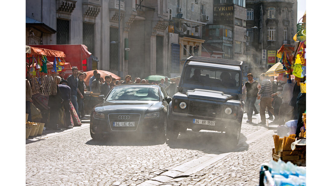 Audi, Land Rover
