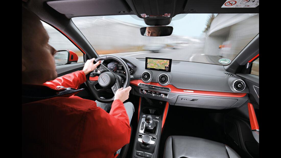 Audi Q2 1.4 TFSI, Cockpit, Fahrersicht