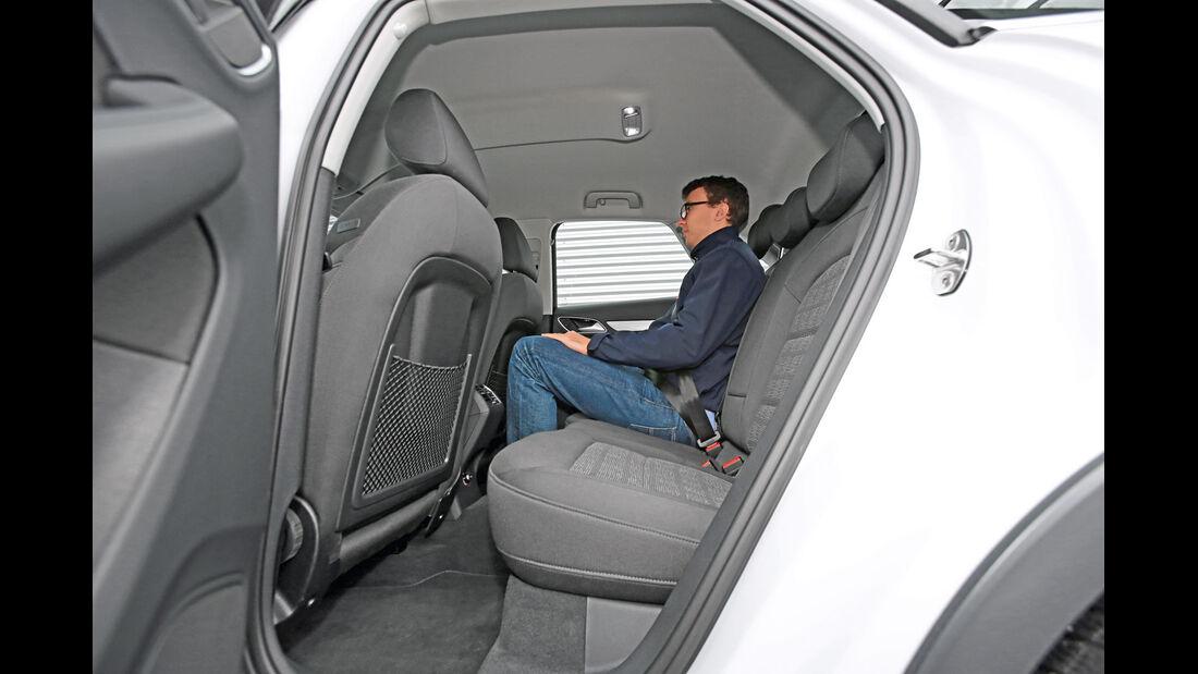 Audi Q3 2.0 TDI, Fondsitz, Beinfreiheit