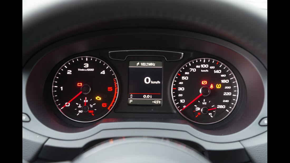Audi Q3 2.0 TDI Quattro, Rundinstrumente