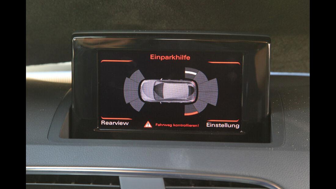 Audi Q3, Bildschirm