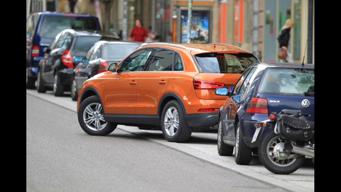 Audi Q3, Einparken