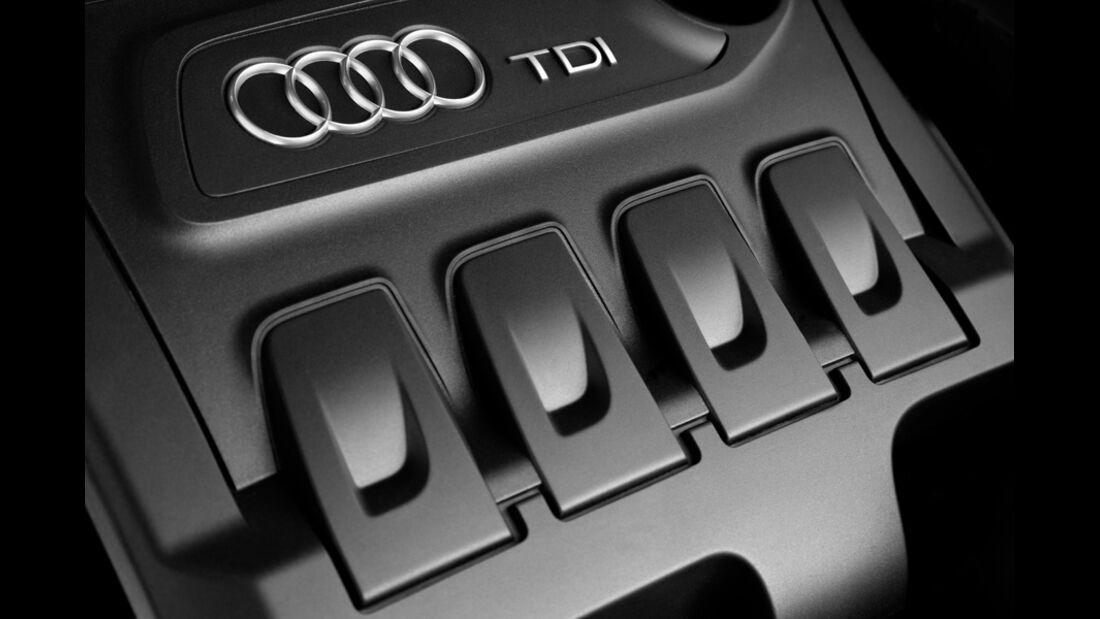 Audi Q3 Motorabdeckung