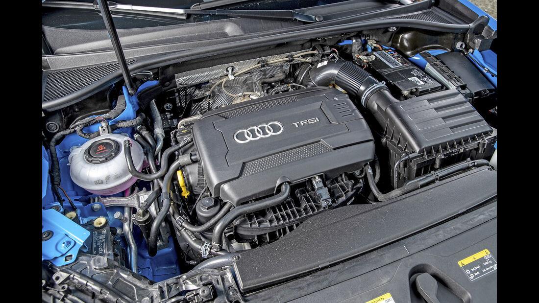 Audi Q3 S Line 45 TFSI Quattro, Motorraum