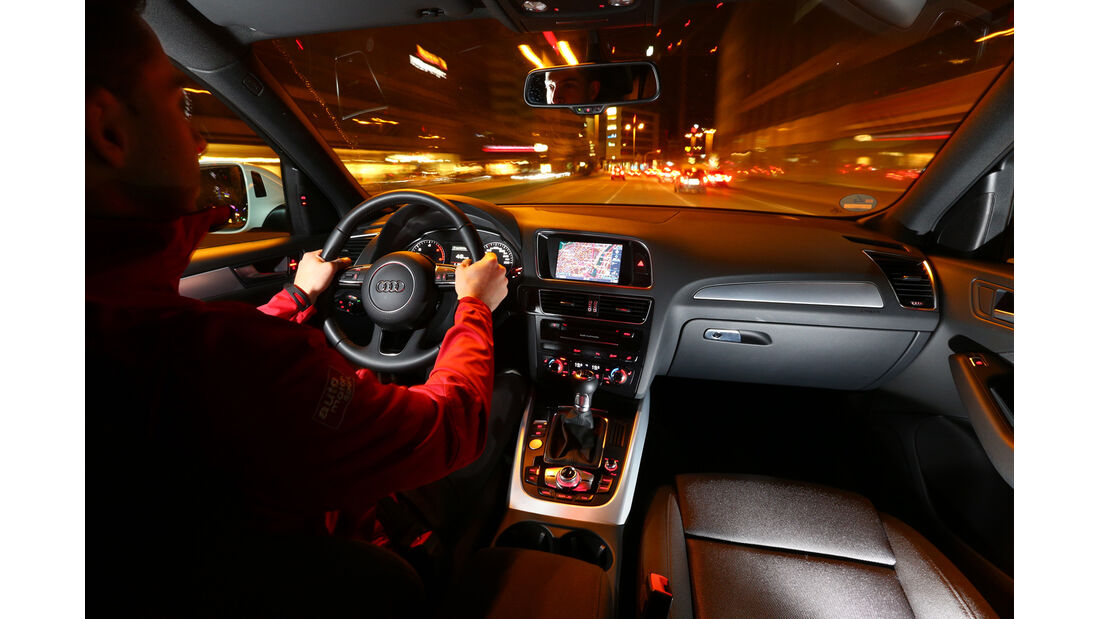 Audi Q5 2.0 TDI, Cockpit, Fahrer