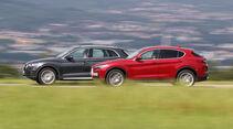 Audi Q5 2.0 TFSI Quattro, Alfa Romeo Stelvio 2.0 Turbo Q4 Heck