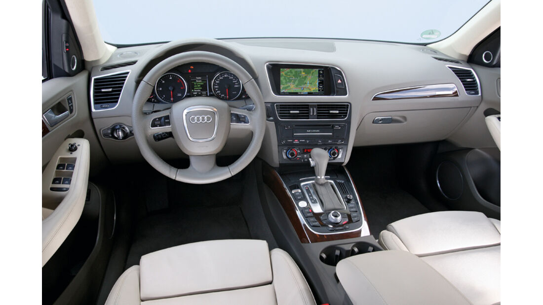 Audi Q5 3.0 TDI Quattro, Cockpit, Lenkrad