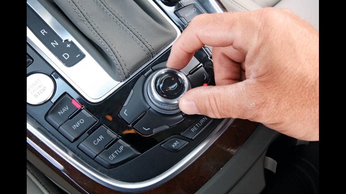 Audi Q5 3.0 TDI Quattro, Detail, Knopf, MMI, Klimaautomatik