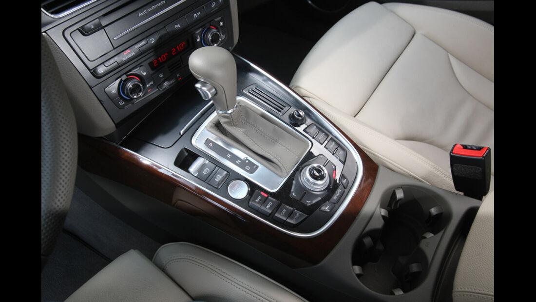 Audi Q5 3.0 TDI Quattro, Mittelkonsole, Schalthebel, Schaltknauf