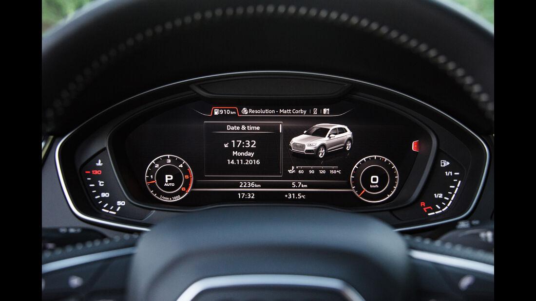 Audi Q5, Anzeigeinstrumente