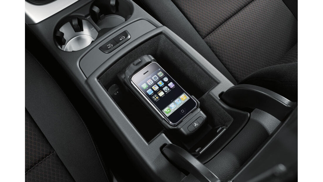 Audi Q5 Kaufberatung, Handy-Vorbereitung