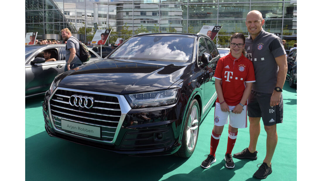 Audi Q7 3.0 TDI - Arjen Robben - FC Bayern München - Dienstwagen