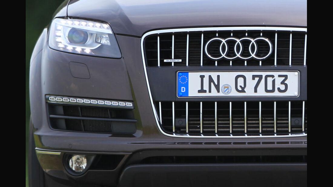 Audi Q7 3.0 TFSI Quattro, Scheinwerfer, Kühlergrill
