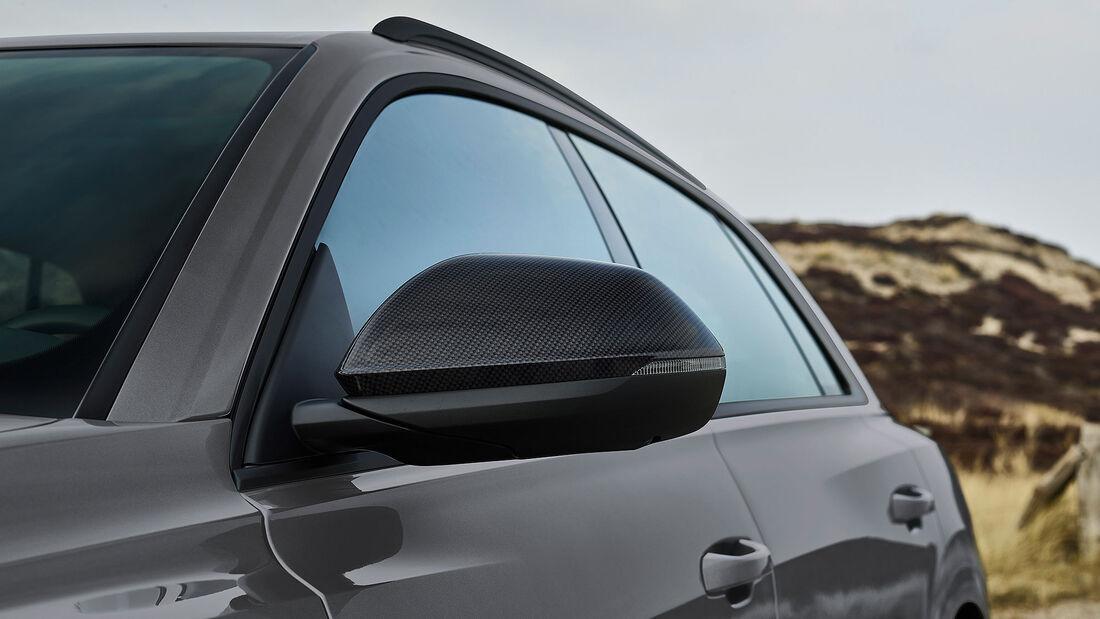 Audi Q8 S Line Competition Plus