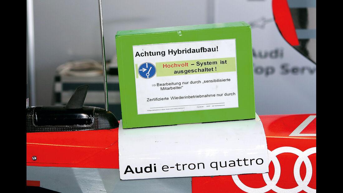 Audi R18 e-tron quattro, Schild, Hochvolt