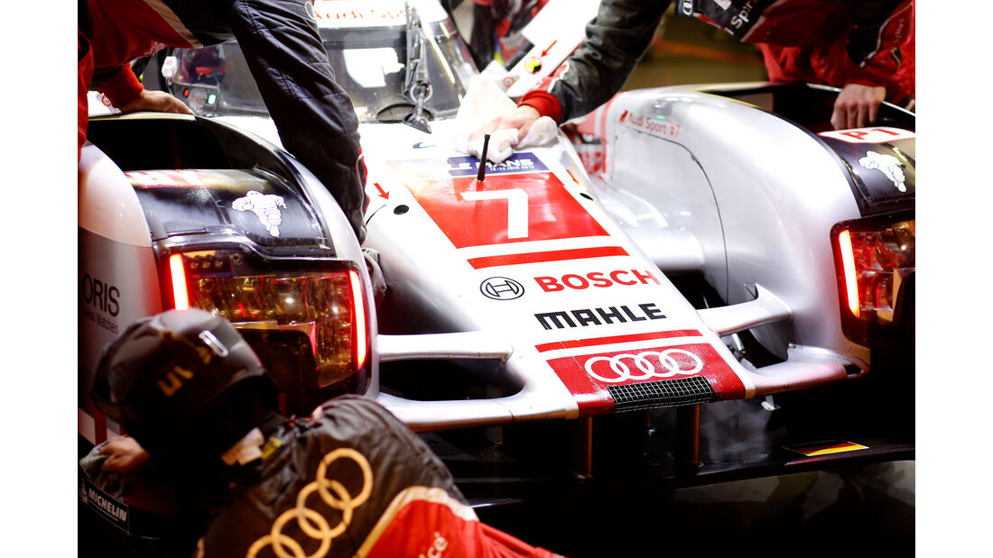 Audi R18 e-tron quattro - Startnummer #7 - 24h Rennen Le Mans - 1. Qualifying - Mittwoch - 10.6.2015