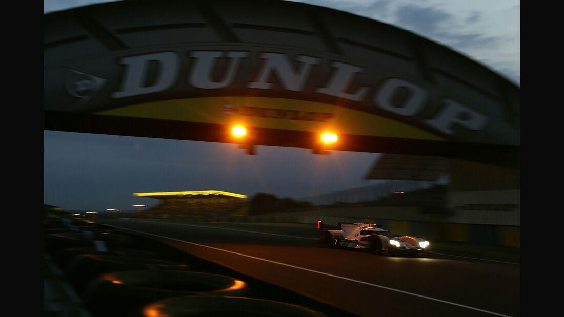Audi R18 etron quattro - Startnummer #7 - 24h-Rennen Le Mans 2015 - Donnerstag - 12.6.2015