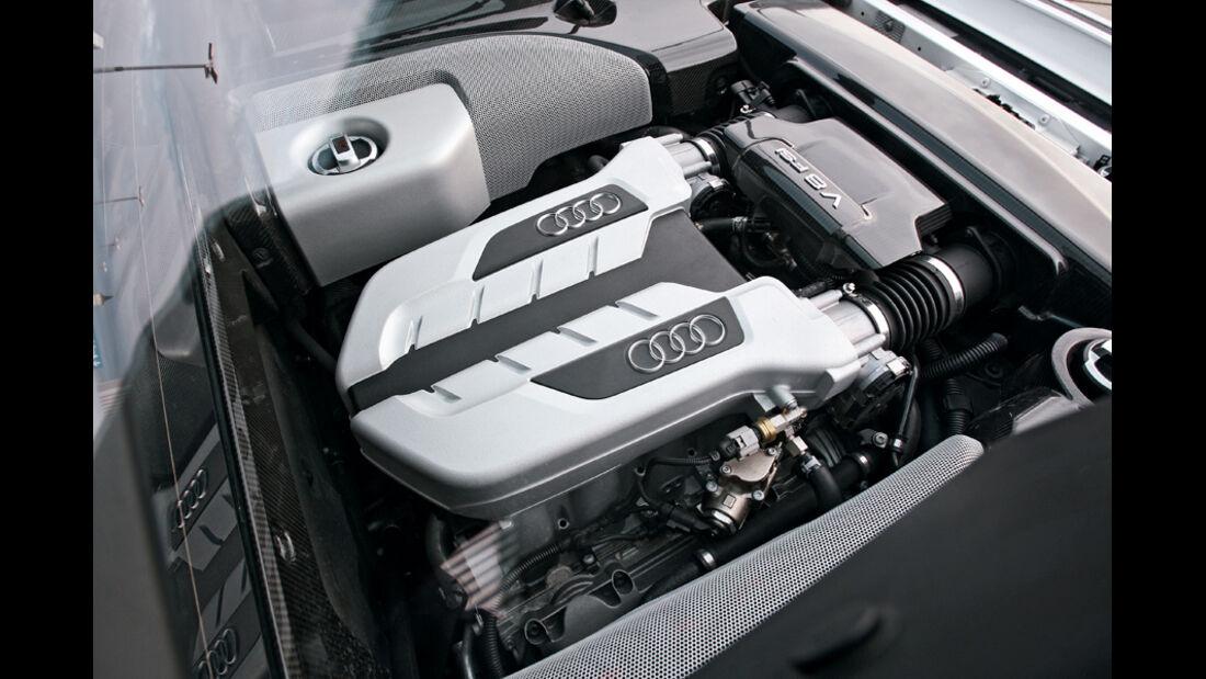 Audi R8 4.2 FSI Quattro, Motor