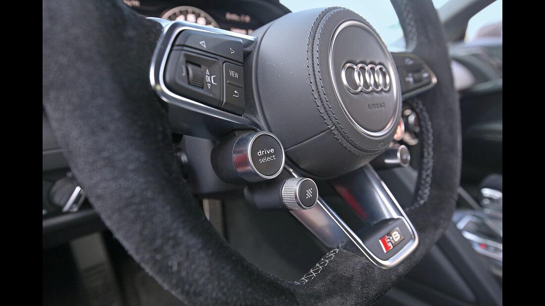 Audi R8 5.2 FSI Quattro Plus, Lenkradschalter