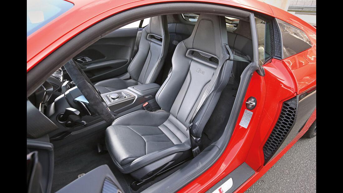 Audi R8 5.2 FSI Quattro Plus, Sitze