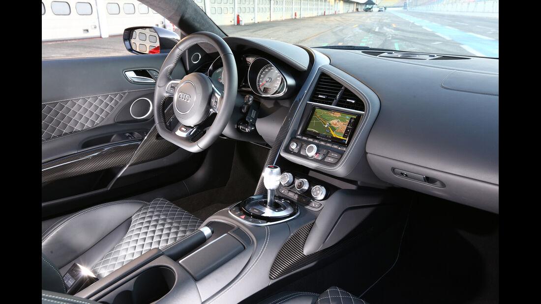 Audi R8 FSI Quattro, Cockpit, Fahrersitz