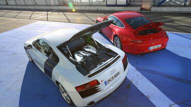 Audi R8 FSI Quattro, Porsche 911 Carrera 4S, Heckansicht