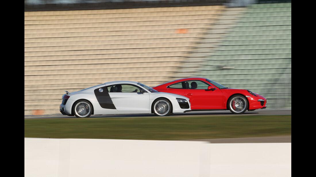 Audi R8 FSI Quattro, Porsche 911 Carrera 4S, Seitenansicht
