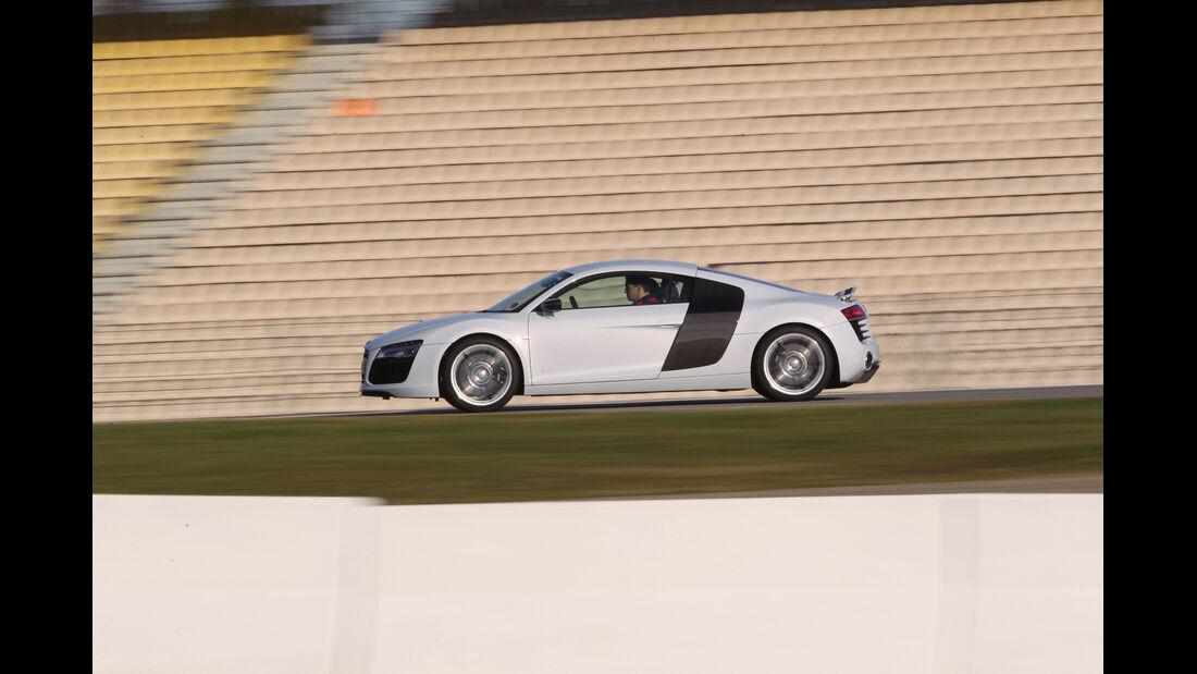 Audi R8 FSI Quattro, Seitenansicht